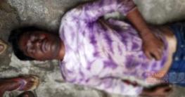 মহাদেবপুরে ভটভটি উল্টে চালক নিহত