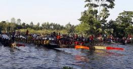গোপালগঞ্জের বাঘিয়ার বিলে ঐতিহ্যবাহী নৌকাবাইচ প্রতিযোগিতা শুরু