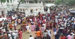 গোপালগঞ্জে ওড়াকান্দি ঠাকুরবাড়িতে মহাবারুণীর পূণ্যস্নানে মতুয়ারা