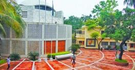 টুঙ্গিপাড়ায় বঙ্গবন্ধুর সমাধি-সৌধ সীমিত পরিসরে খুলেছে