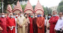 মহালয়ায় ঢাকেশ্বরী মন্দিরে ভারতীয় হাইকমিশনার, জানালেন শুভেচ্ছা