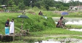 গোপালগঞ্জে মাছ ধরা প্রতিযোগিতা